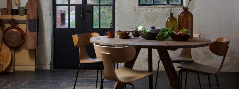Form spisestol, nordisk stol, spisestol, tre stol, stol med metallben, nordisk spisestol, BePureHome, De Eekhoorn, kjøkkenstol, tøff spisestol, Rhonda spisebord, spisebord eik, Rhonda spisebord, spisebord i heltre eik, eikebord, rundt bord, rundt spisebord, WOOOD
