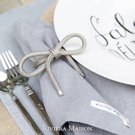Pretty bow napkin holder, Riviera Maison