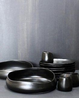 Salat skål sort matt keramikk