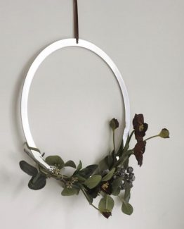 wreath brass, cooee design