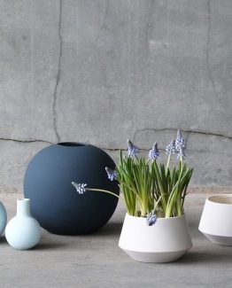 ball vase, midnight blue, cooee design