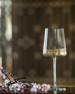 Tokyo hvitvinsglass, Simen Staalnacke