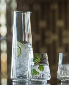 Tokyo vannglass, Simen Staalnacke