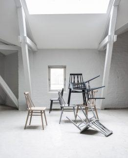 Non spisestol, ygg&lyng, norsk design, nordisk stil, stol med spiler i rygg, spisestol i eik, spisestol i tre, spisestol i bøk