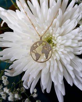 Secrets by B, gullsmykke, 18kt gull, norsk design, gullforgylt, earth smykke, smykke med jordkloden, den perfekte gaven, gaven til henne