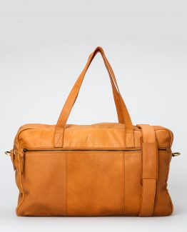 cognacfarget veske, Skinnveske, treats, dansk design, nordisk stil, weekend bag