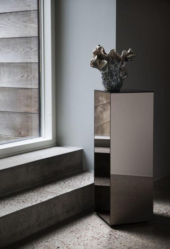 cube sidebord pedestal hux glassbord, speilbord Byon