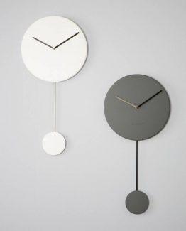 Zuiver, minimalistisk klokke, pendelklokke, hvit veggklokke, veggur, nordisk stil, nederlands design,
